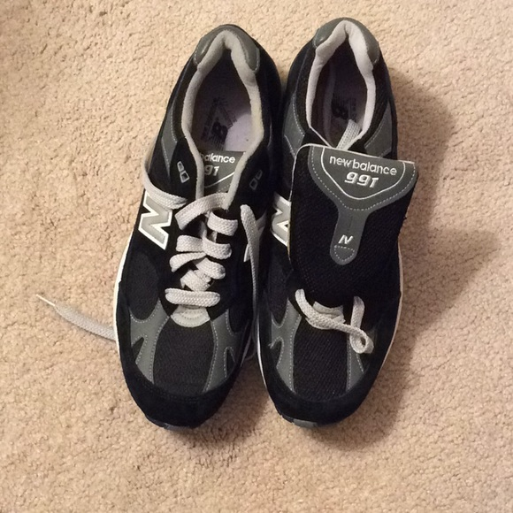 813e014bf5 Mens NewBalance 991 sneakers